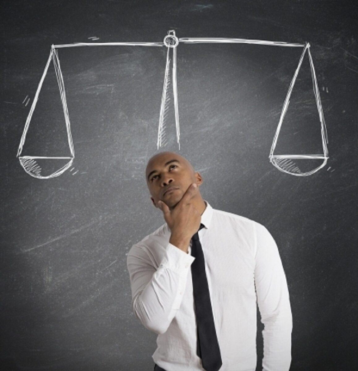 クラウド会計を比較するとどんな感じ? 料金、機能、つかいやすさなどアピールポイントがちがう
